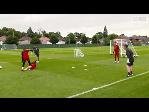 Liverpool Goalkeeper Fun Warm Up