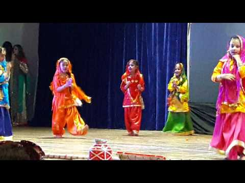 Mahika's Gidda Performance at Indus World School Ludhiana