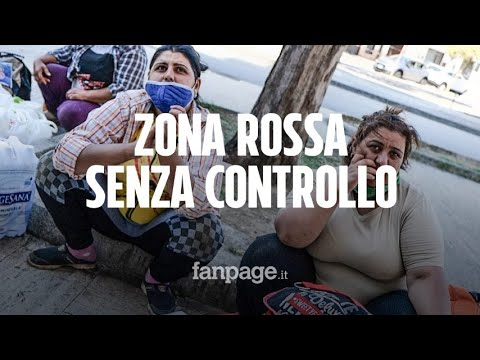 """Zona rossa Covid a Mondragone: """"Non ci sono forze dell'ordine, le persone escono senza controllo"""""""