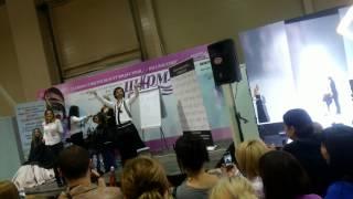 Георгий Кот танцует♥