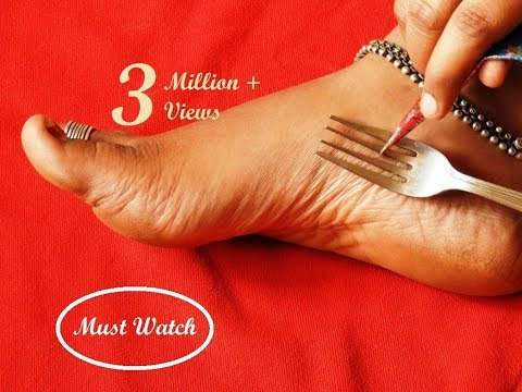 Easy Latest Feet Mehndi Design With The Help Of Kitchen Utensile Fork simple Shades Using Buds thumbnail