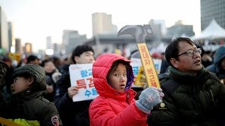 Güney Kore'de bir milyon kişi Devlet Başkanı Park'ı istifaya çağırdı