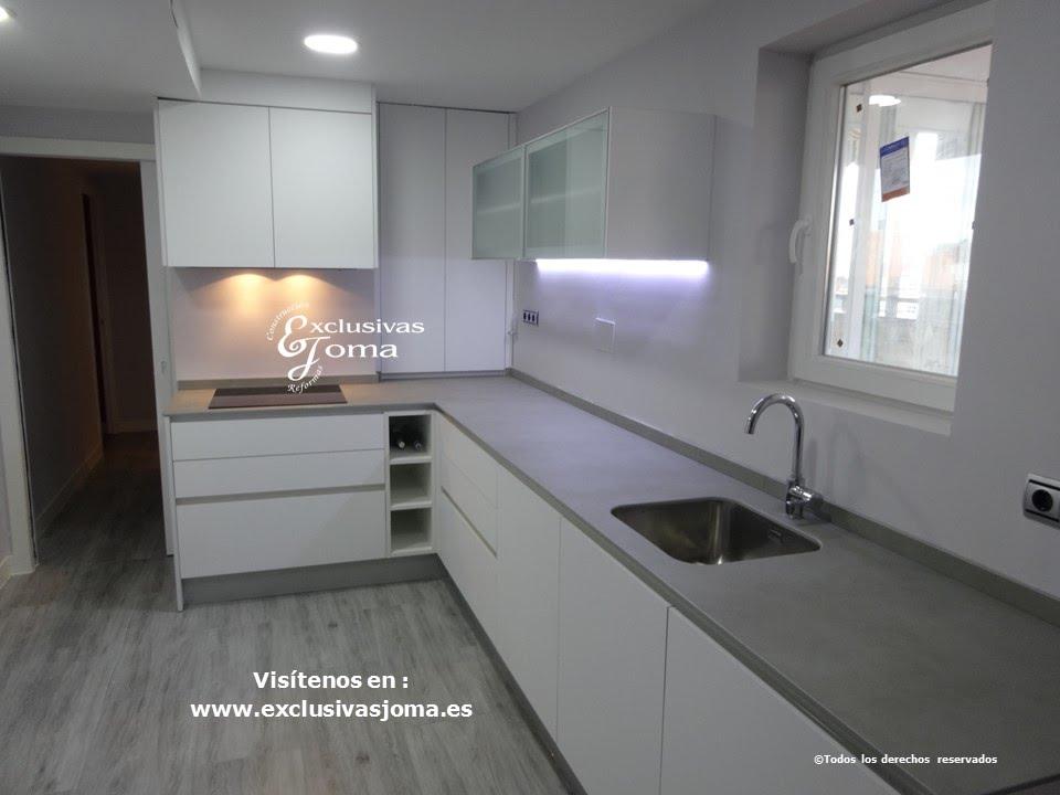 Reforma de cocina en piso de la estacion de tres cantos for Muebles de cocina bauhaus