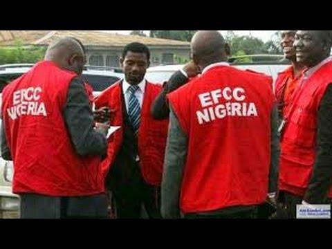 See how EFCC arrested Ex. Niger state Governor
