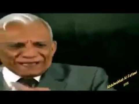 بالفيديو .. ماذا قال عبد الرزاق عبد الواحد في مولد الحسين، وماذا قال في يوم إستشهاده؟