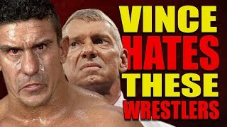 6 WWE Wrestlers Vince McMahon HATES (Lost Push) & 5 He LOVES On The Main Roster!