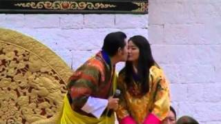 Bhutanese King kisses his Queen