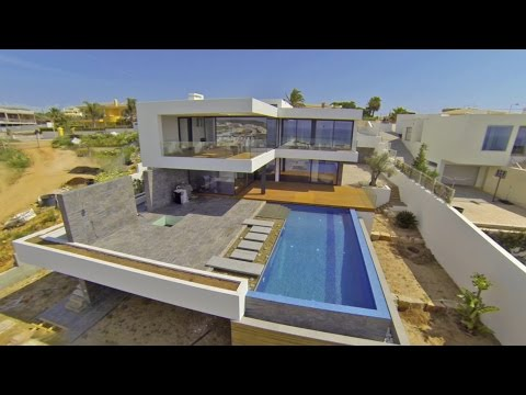 Stunning Luxury Villa with Sea Views - Lagos - PortugalProperty.com - PP725