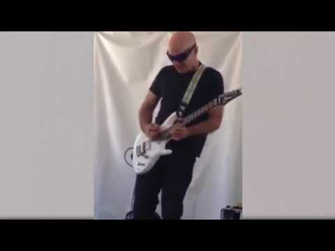 Joe Satriani perform Time Machine Live