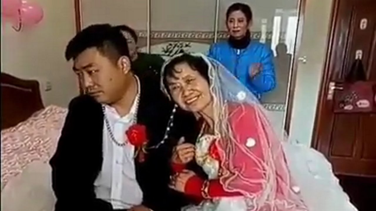 Man Gold Digger, Chinese Man Gets Married To Wealthy Woman -4603