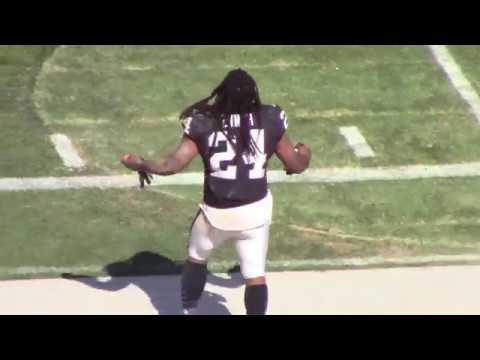 Marshawn Lynch Dancing on Raiders Sideline