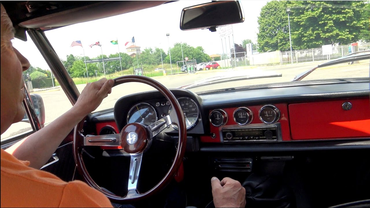 Maxresdefault on 1972 Alfa Romeo Spider