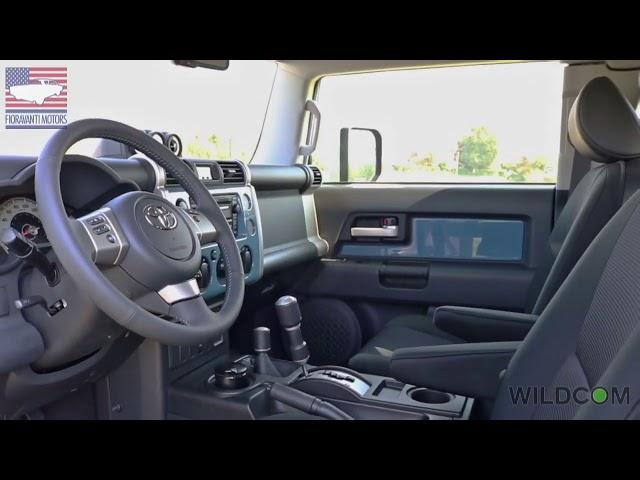 Toyota FJ Cruiser: il tour dell'iconico SUV in 60 secondi