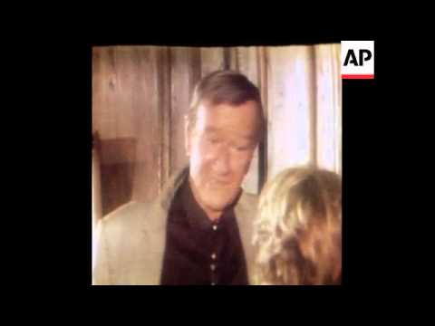 SYND 13-1-79 JOHN WAYNE GIVES AN INTERVIEW
