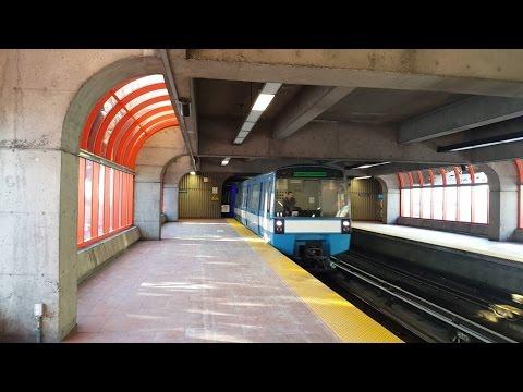 Sortie du métro de Montréal STM la ligne 1 vert tout le trajet MR-73