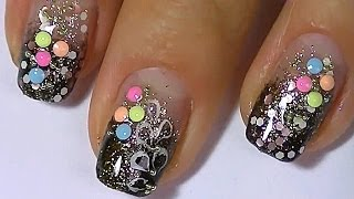 Дизайн ногтей. Яркий маникюр. Рисунки на ногтях.