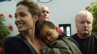 Angelina Jolie Gets Candid About Brad Pitt Split Says 'Of Course' He's a Good Father