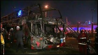 Incendio de un autobús en Lima deja sin vida a 20 personas
