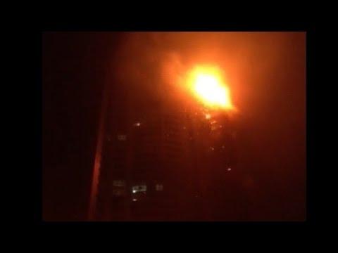Massive fire rages in Dubai skyscraper