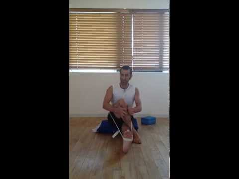 How to release a compressed hip and stretch the deep 6 at the same time