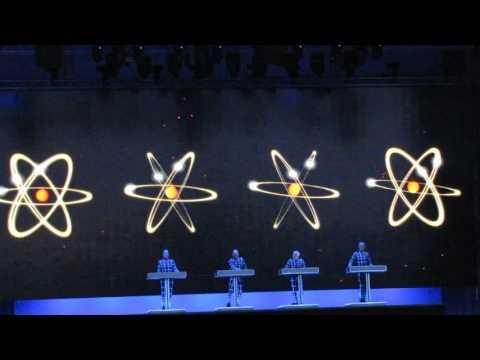 Kraftwerk - Radioaktivität / Radioactivity live @ Tour de France Grand Départ Düsseldorf