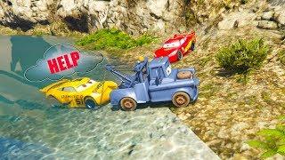 CARS 3 Dinoco CRUZ RAMIREZ Fall in Lake! Spiderman McQueen Tow Mater HELP! cartoon for kids