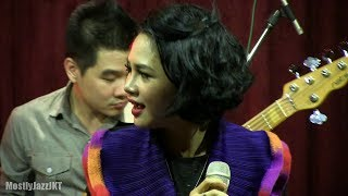 Andien - Moving On @ Mostly Jazz 17/10/13 [HD]