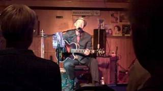 Watch Marshall Crenshaw T M D video