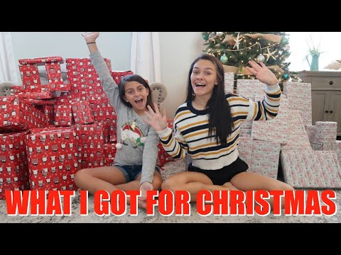 CHRISTMAS MORNING 2019 OPENING ALL OUR PRESENTS! WHAT I GOT FOR CHRISTMAS! EMMA AND ELLIE