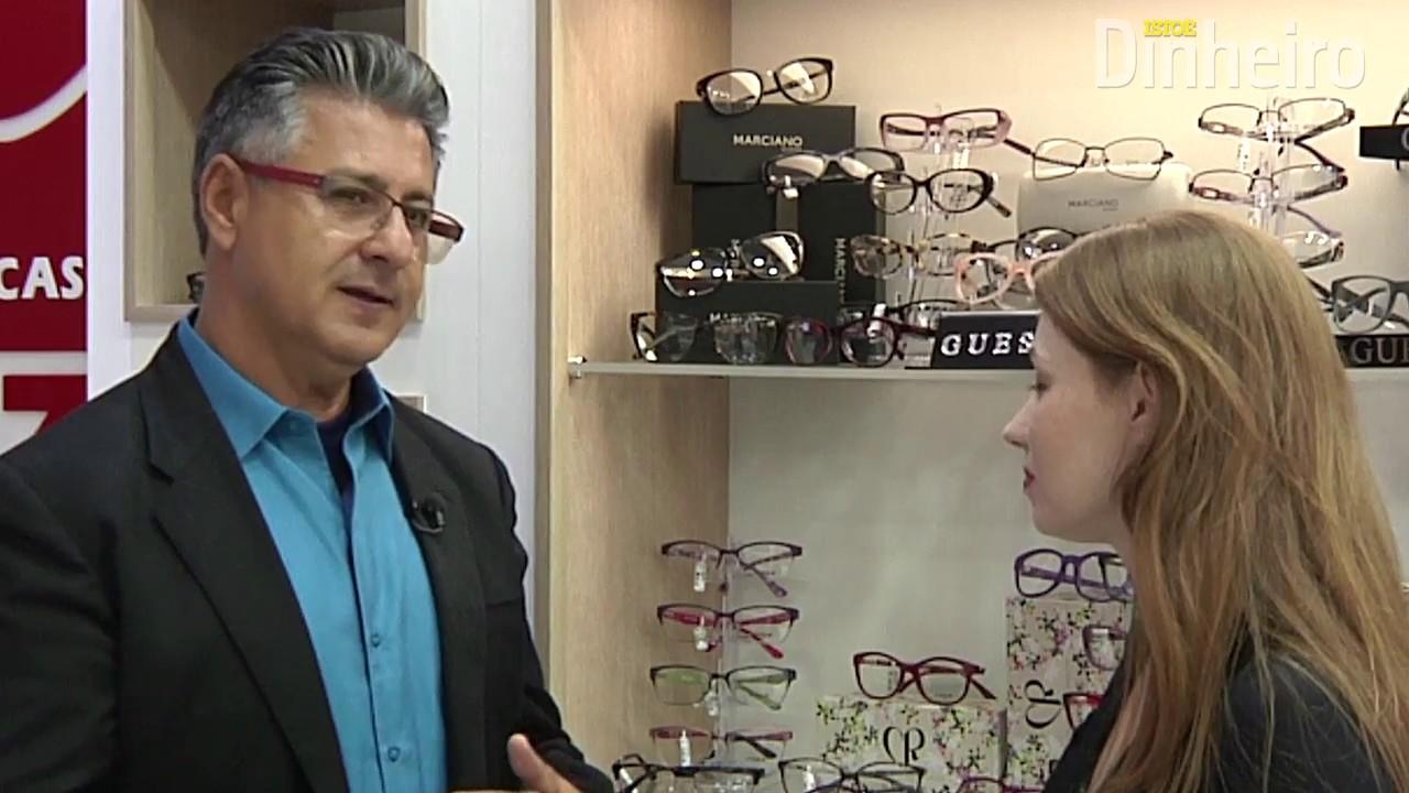 194da63722d93 O ex-vendedor de óculos que fatura mais de R  500 milhões - YouTube