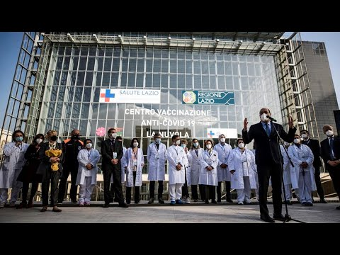 El palacio de congresos de Roma acoge el mayor punto de vacunación de Italia