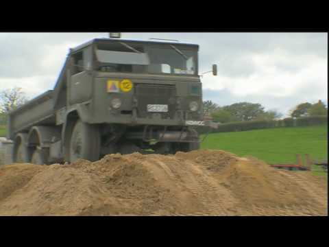 Military Tanks For Sale >> Tank Day Hamilton New Zealand Military vehicles and tanks on the run - YouTube