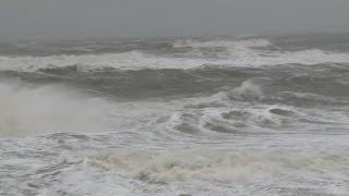 Orkan Xaver erreicht Sylt - Insel verbarrikadiert sich - Erste Feuerwehreinsätze