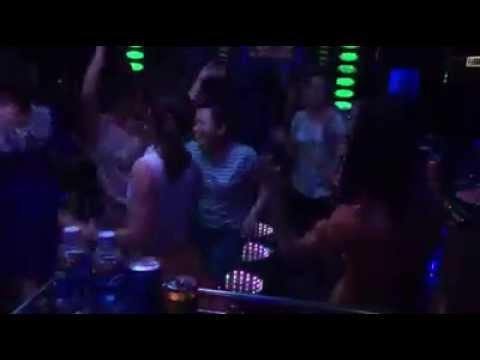 Một đêm thác loạn của các quý bà Hà Thành