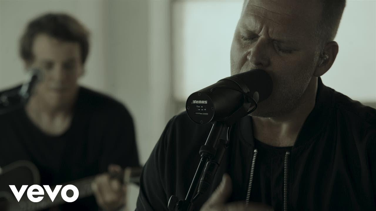 Matthew West - The Beautiful Things We Miss (Acoustic)
