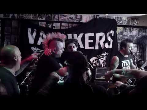 The Varukers - All Systems Fail