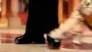 baat meri suniye toh jara kuch na kaho Aishwarya
