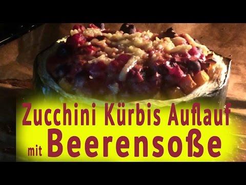 Rezept Kürbis Zucchini Süßkartoffel Auflauf mit leckerer Beerensoße machen