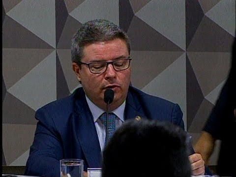 Anastasia entende que Senado deve avaliar pedido de impeachment de Dilma