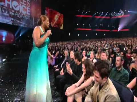Robert Pattinson, Kristen Stewart and Taylor Lautner at People's Choice Awards 2011