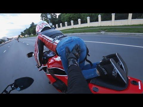 Moto #Vine | Мотоциклист не растерялся
