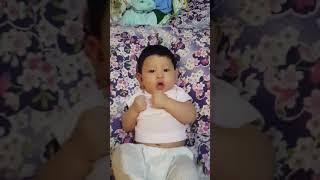 Download Video Bayi 2 bulan Lucu kalau Marah MP3 3GP MP4