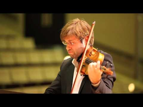 Tomas Cotik performs Piazzolla