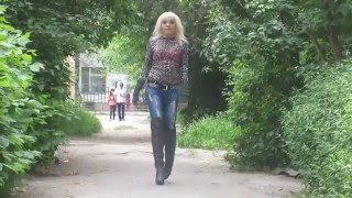 Ira in Overknee-Stiefel und Jeans (Boots and Jeans / High-Heels / outdoor) - #0099