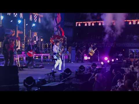 Jonas Brothers - Cool LIVE In Minneapolis