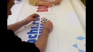 Плоттерная резка. Выборка фона.(Логотипы Сочи 2014 и генерального спонсора олимпиады Bosco отпечатаны на широкоформатном интерьерном принтере..., 2012-03-16T00:43:34.000Z)