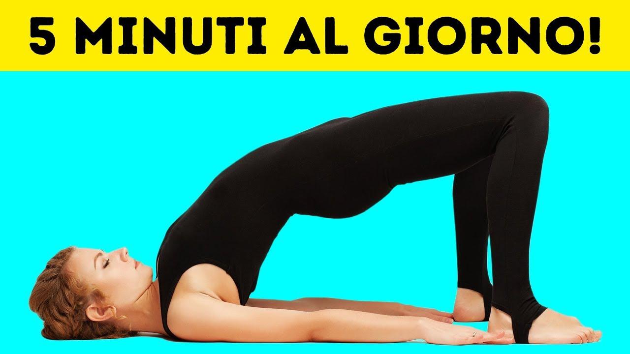 ridurre il grasso del braccio attraverso lo yoga