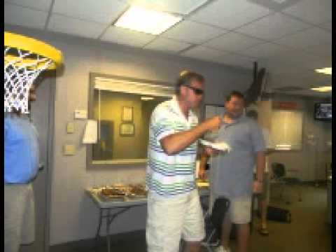 98.5 The Sports Hub with Gresh and Zolak