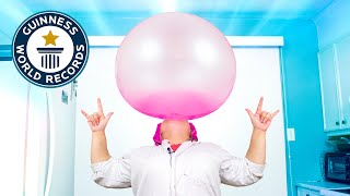 I broke the Woŗld Record for the Biggest Bubble Gum!