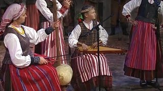"Bladder Fiddle / Bumbass & Samogitian Song | Pūslinė & Žemaitiška Daina ""Padarė žvirblelis"""